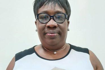 Ms. Victoria Budu Wins the  2019/2020 BIS best secondary teacher award